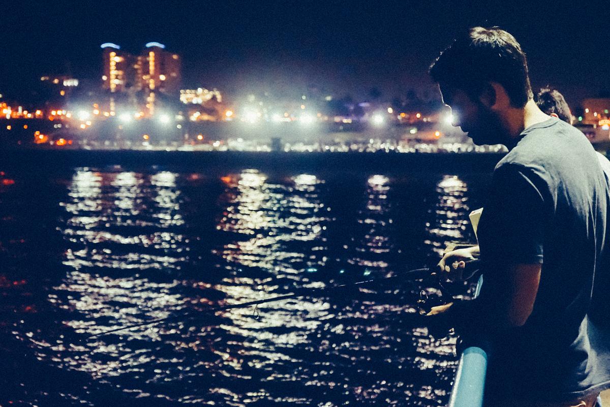 fishing-sea-man-person