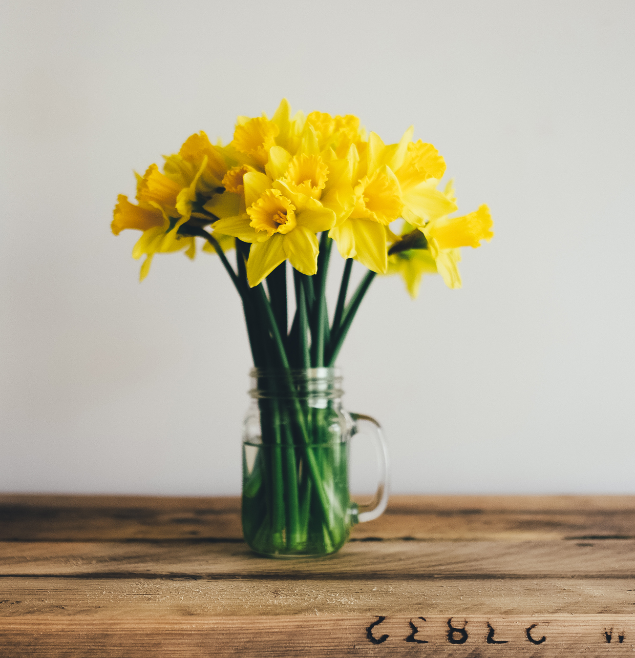 Yellow Flowers Maximalism Wordpress Theme
