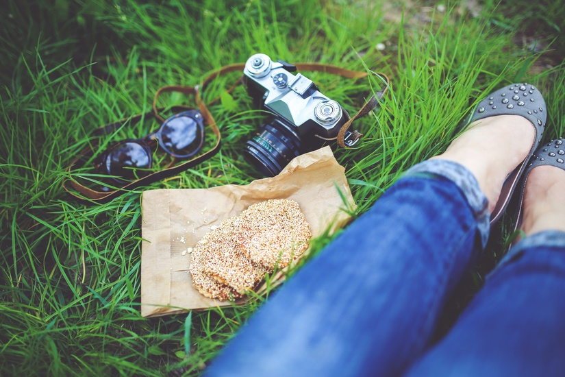 food-woman-camera-girl-large